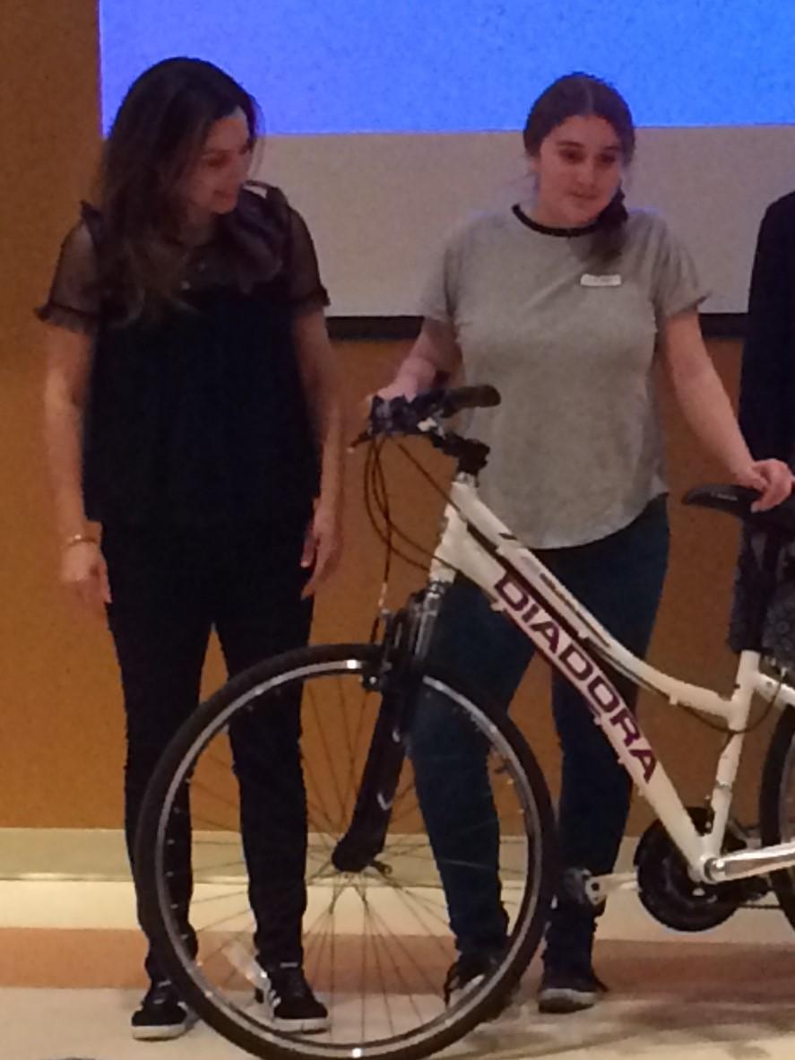 2017-OES-Megan-vélo